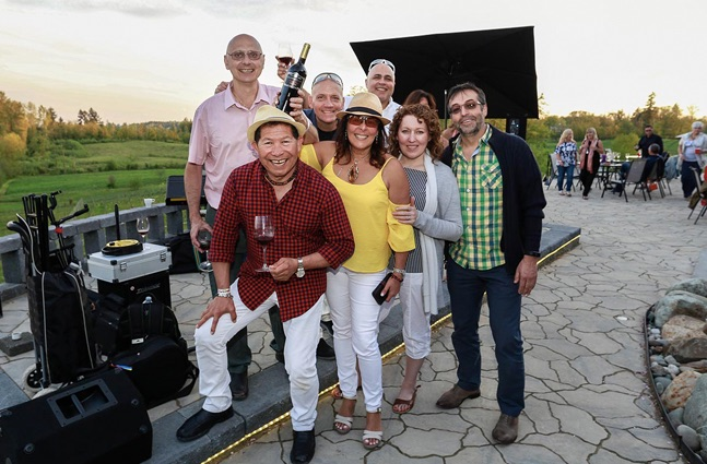 wine challenge at Blackwood Lane winery